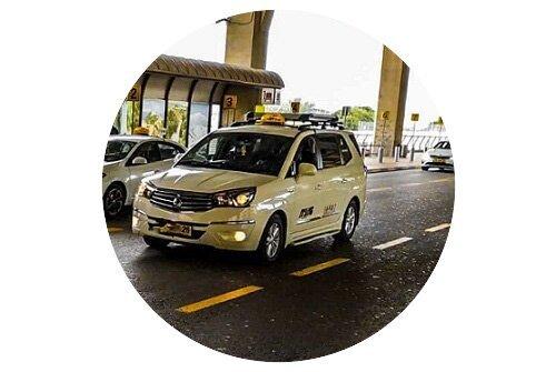 מונית סאנגיונג רודיוס בשדה התעופה